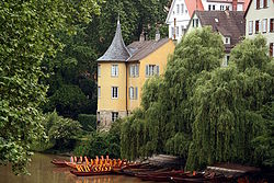 250px-Tübingen,_Neckar,_Hölderlinturm_IMG_5192